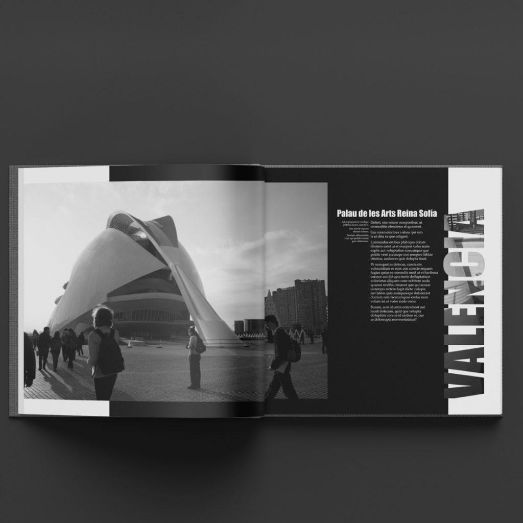 Exemple de mise en page d'une double page d'un livre photo
