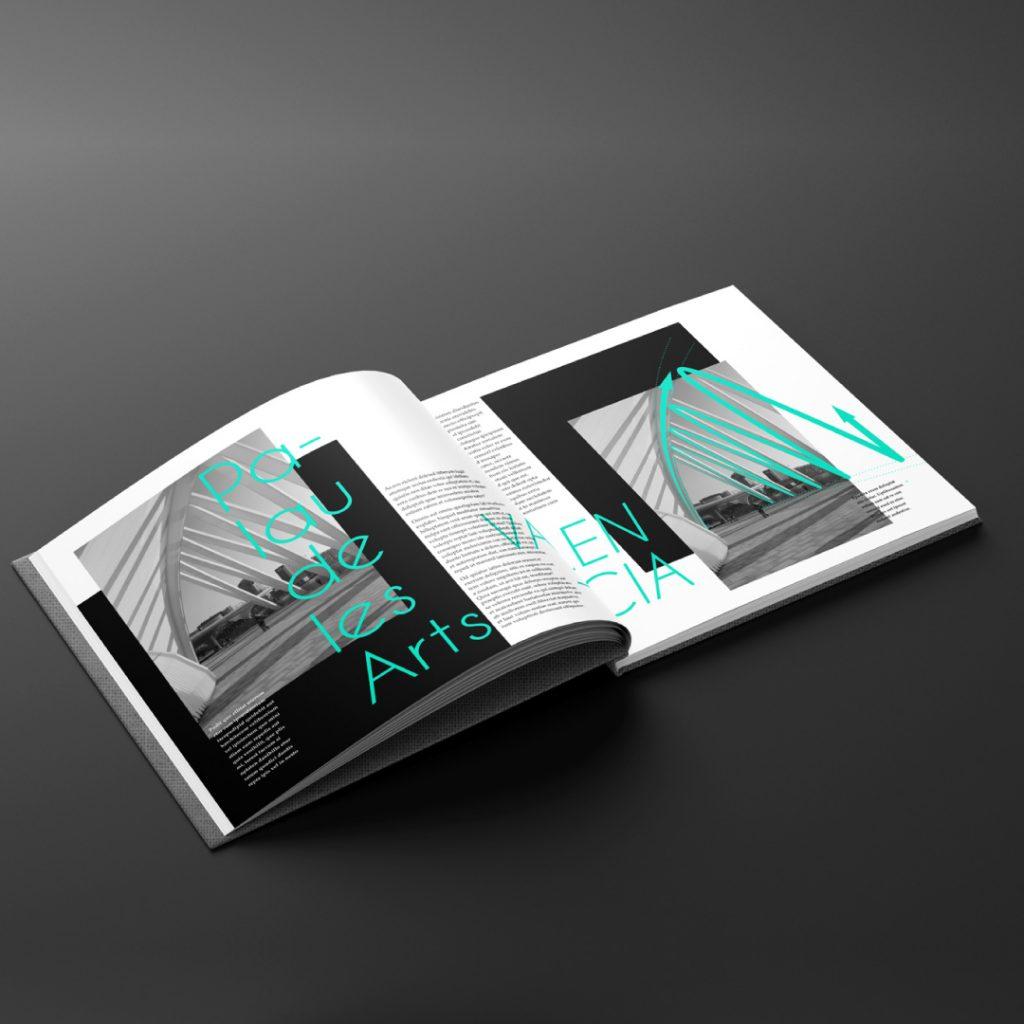 Recherches de mise en page d'une double page d'un livre photo